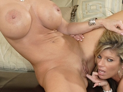 The Best Lesbian Action With Kristal Summers And Deauxma - Upox