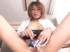 Asian milf Aya Sakurai shaved her pussy in class and gets facesitting