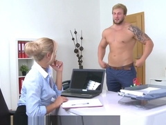 Femaleagent Bodybuilder Fucks Sexy Blonde Agent