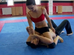 Nude club fighting presents Kerry vs Mira Cuckold.