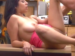 Bigtits Nina pawn her pussy for cash