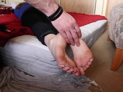 A Naive, Innocent, First Time Footgirl Fantasy