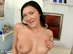 CutiesGalore presents Vanessa Vaughn