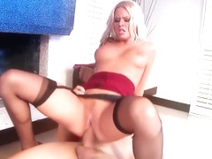 Riley Evans receives an anal hammering