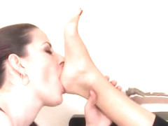 Renee Perez foot slave training