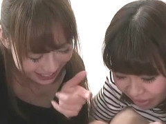 Japanese girls double blowjob 2