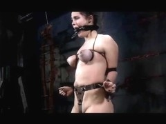 Thrall Charlotte Vale Pervert S&M Cocek in Chains