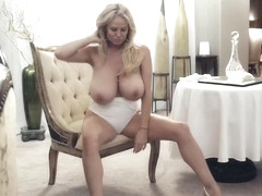 Kelly Madison is masturbating while no one else is at home, to see her in action