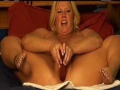 Zoey Andrews squirting tentoni video di sesso