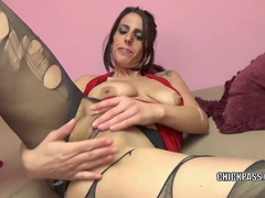 Busty MILF Lavender Rayne masturbates in torn stockings