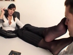 Tall Goddess Sonia footworship