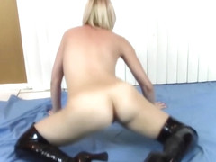 Twerking Butt Girl Brittany Lynn Strips as She Works it to Shots Go Off