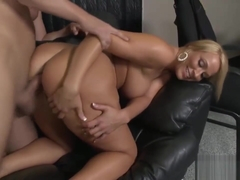 Ravishing Blonde Honey Has Her Beaver Pumped