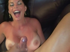 HOT MILF ENJOY SUCKING COCK WHIE ON VACATION - TIFFANYPASS.COM