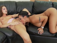 MILF porn video featuring Gracie Glam and Mariah Milano