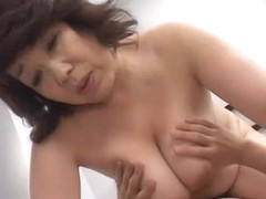 older japanese mommy gets fucked!