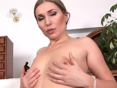 Great New Mama Evelina Marvellou Gives Titjob Hot Teen Stepson