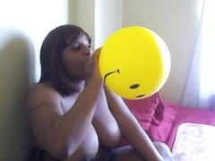 Ebony Smiley Face Balloon Blow