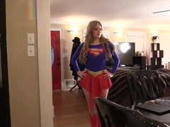 Giantess SuperGirl