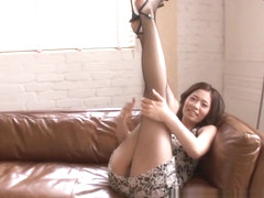 Natsumi Shiraishi naughty Asian chick in face sitting