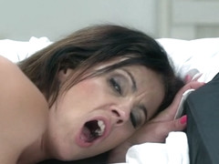 Montse Swinger in Hot Young Granny - 21Sextreme