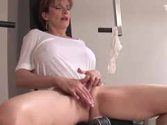 Adulterous english milf lady sonia reveals her huge boobs