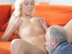 Sexy babe is fucking old man