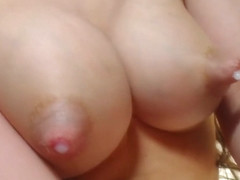Teen milking her tits for sweet fat milk.
