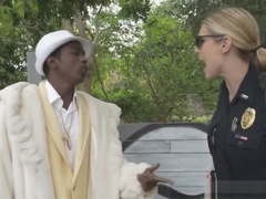 Jane makes a criminal pimp fuck officer Smiths wet pussy