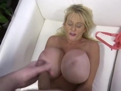 Sugar Kayla Kleevage acting in amazing BJ scene