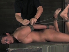 Matt Williams Bondage Demo with Penny Barber: Hogtie Suspension