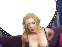 Filthy pornstar with huge boobs wants to be pounded
