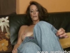 Naughty milf mimi moore is back порно видео