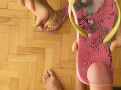 Dirty feet / Cum in dirty flip flops with cum play