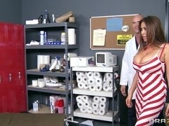 Doctor Adventures: Filling her Prescription and Pussy