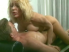 Hot Blonde Masseuse Gives an Oily Massage With a Happy Ending
