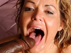 Kelly Leigh Squirts And Gets Cum In Mouth - Upox