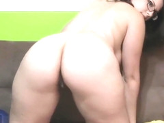 Cute chubby Ivana Bell solo