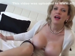 Unfaithful english milf lady sonia displays her heavy tits