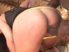 Kandy Kash likes a big black cock