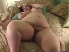 Sexy super BBW has a good play time