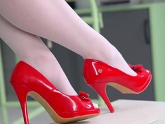 Harmony Reigns-Hot Leg and Feet