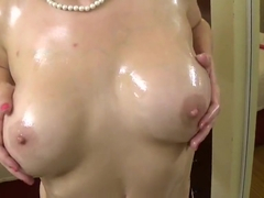 Oiled tits, toy play and dirty talk.