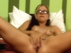 Tabitha James in I touch myself 6 scene 7