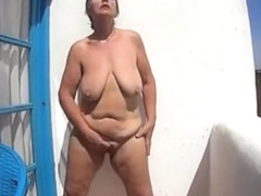 Exhibitionist slut fingering in balcony. Amateur