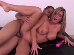Foxy Kristal Summers 0gets Nailed, Licked And Toyed On Live Cam