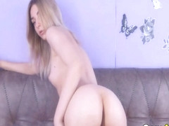 One Of The Prettiest Chick Online Masturbating Live