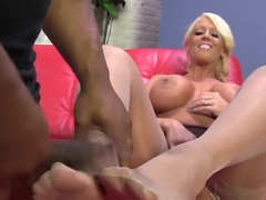 Milf giving ir footjob