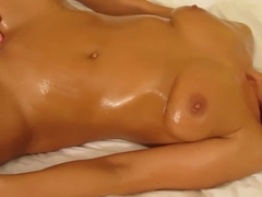 Seattle Marrieed MILF Klara Massage - Part 1