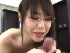 Sugar oriental mom Nanami Hirose is fingering her pussy